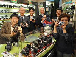 松屋カメラ スタッフ写真